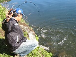 釣り人『 信州管釣り反省室 』のタッキさんです。
